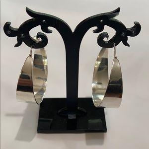 Jewelry - Women's Silver earrings